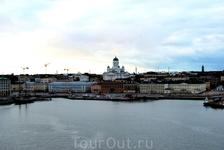 Удаляющийся Хельсинки.