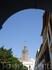 Вид на кафедральный собор в Севилье.