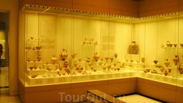 в музеях Микены