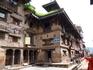 """Бхактапур в переводе с хинди """"город преданных"""". Известный также как Бхадгаон — """"город риса"""" (на непали) и Кхвопа — """"город преданных"""" (на невари), он является ..."""