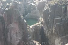 Каньон в Национальном парке в Кхаджурахо.