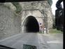 На озере Гарда, впрочем как и в Портофино популярны тоннели в скалах