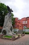 """Смоленск, памятник """"Благодарная Россия  - героям 1812 года"""". Поставлен к 100-летию победы над Наполеоном."""