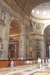 Ватикан. До  1990 года Собор Святого  Петра являлся  самым  большим  христианским храмом   в  мире,а  в 1990 году  его  превзошел  собор  в  Ямусукро, ...