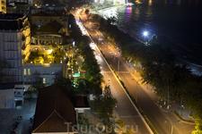Ночная дорога.(перед отелем)