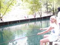 Шикарная рыбалка на горной реке.Рыбы столько,что двумя удочками не вытащишь!!!
