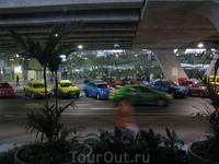 Весёленькие Бангокские такси