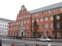Старое немецкое здание в Калининграде.