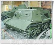 Это единственный сохранившийся в России советский гусеничный полубронированный артиллерийский тягач Т-20 «Комсомолец». Основное предназначение - буксировка ...