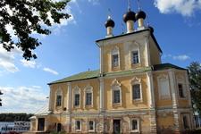 Самое крупное сооружение кремлёвского ансамбля - Спасо-Преображенский собор. 1713 год. Внутри - множество фресок в стиле Возрождения и барокко, в том числе ...