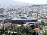 Вид с вершины на Новый музей Акрополя.