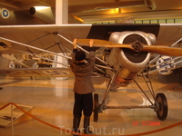 Директор музея очень сетовал на то, что многие уникальные  самолёты просто не дожили до наших дней - были сожжены