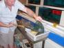 Вечер второго дря, второй ресторан! Муж ловит рыбу для нашего ужина!