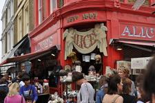 Портобелло Роуд. Знаменитый рынок в Ноттинг Хилл.