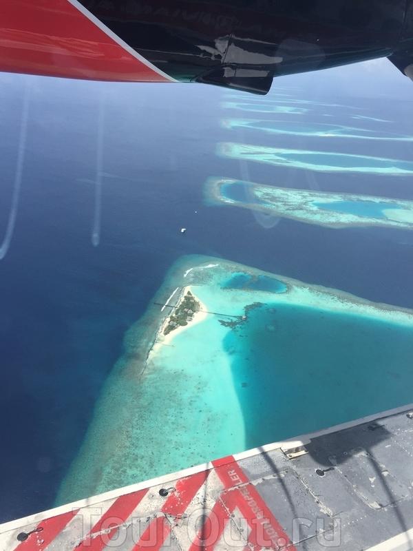 Островки причудливой формы. Некоторые аж по 400 метров длины. Некоторые - по 50 квадратных метров ) Страшно подумать, что с ними происходит во время прилива.