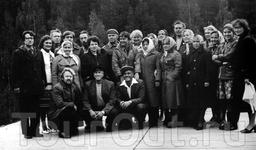 """После участия в съемках фильма """"Любовь и голуби"""" с актерами в Медвежьегорске."""