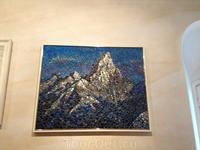 картина из пуговиц на одной из выставок Сигулды