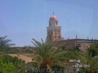 Монастырь Топлоу  Снимок из автобуса