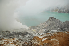 вулкан Иджен