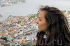 вид на Берген и его красоты со смотровой площадки на горе Флёйен