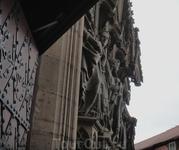 Скульптура эрфуртского собора.Посещение  Эрфурата -  на всю жизнь впечатление  от величия готической архитектуры.