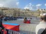 Оказывается, площадь у Стены Плача служит местом проведения самых разных, не только религиозных,  мероприятий. Сегодня здесь принимали присягу новобранцы ...