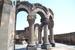 В 10 километрах к западу от Еревана, на трассе, ведущей из Еревана в Эчмиадзин (Вагаршапат) стоят руины храма Звартноц, представляющего собой превосходный пример армянской архитектуры раннесредневеков