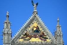 Фреска на фронтоне &quot Коронование Богородицы&quot.