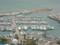 Бухта Сиди бу Саида с многочисленными яхтами