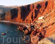 Знаменитый красный пляж