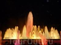 Побывав в Барселоне нельзя не посмотреть поющие фонтаны!