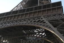 Красавица Эйфелева башня.