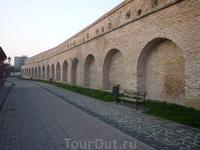 Кусочек восстановленной стены Трнавской крепости
