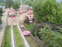 железные горки с очень высокой горы парк Труда