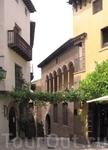 Типичный дворик в испанских приморских городах