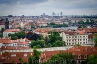 """Здесь Карлов мост тоже виден. Прага, конечно не с высоты птичьего полета, но """"лепота"""" ведь. Это уже мы в Пражском Граде."""