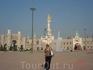 Пекинский Парк мира.Тут выстроены копии известных зданий и памятников со всего мира.