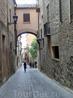Продолжаем прогулку по городу, идем по улице Ангела.