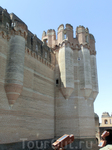 Архитектура замка - оригинальное смешание стилей ренессансного, готического и мавританского.