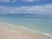 Андаманское море - очень теплое и ооочень соленое.