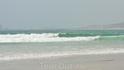 Многие туристы и жители приходили на пляж просто послушать рокот волн