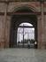 Кремль. Ворота башни Сююмбике. В 2004 г. в проездную арку навешены кованые ворота с вписанными в верхнее арочное завершение изображениями солнца, полумесяца ...
