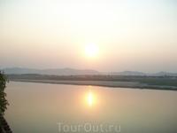 закат на Иравади