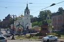 Кремль на заднем плане, а ближе к нам та самая площадь, где по легенде обратился к народу с воззванием гражданин Минин