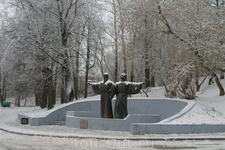 В 14веке на месте будущего города стоял Воскресенский мужской монастырь.