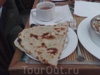 Хлеб в Индии заменяют лепешки.