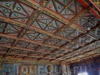 Потолок золотой комнаты.