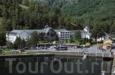 Исторический Fretheim Hotel во Флом.  Foto: Rolf M. Sorensen/Flaam Utvikling as