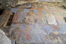 Вардзиа перестала быть крепостью, оставаясь монашеской обителью до середины XVI века, когда монастырь был захвачен персами. Следом за персами в Вардзиа ...