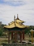 Пагоды Золотой Обители Будды Шакьямуни